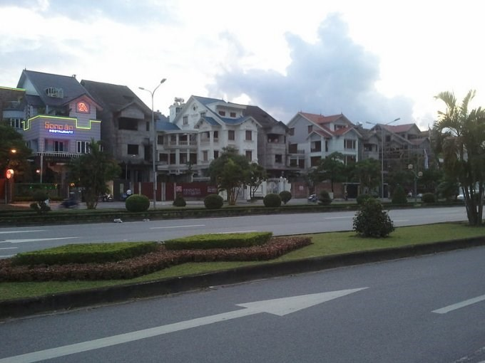 Bán gấp biệt thự  Lê Hồng Phong, Ngô Quyền, 300m2, giá 16,5 tỷ lh: 0981912889