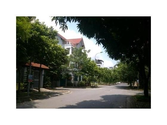 Bán nhà mặt phố Nguyễn Khang 41m2 x 4T. Vỉa hè rộng, KD sầm uất. Giá 10,5 tỷ