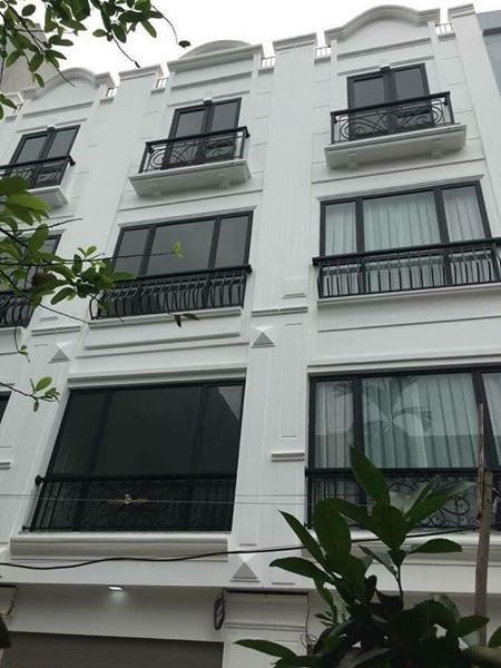 Bán  nhà Tứ Hiệp Thanh Trì Hà Nôi 32mx4 tầng, giá 1 tỷ6 Sổ đỏ chính chủ