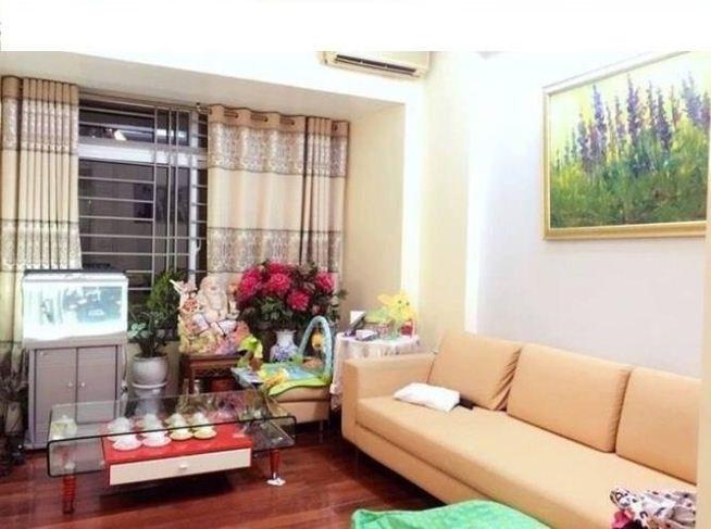 Bán nhà riêng Hào Nam 34m2 x 4 tầng, mt 3,4m, 3.5 tỷ. LH 0969.959.815.