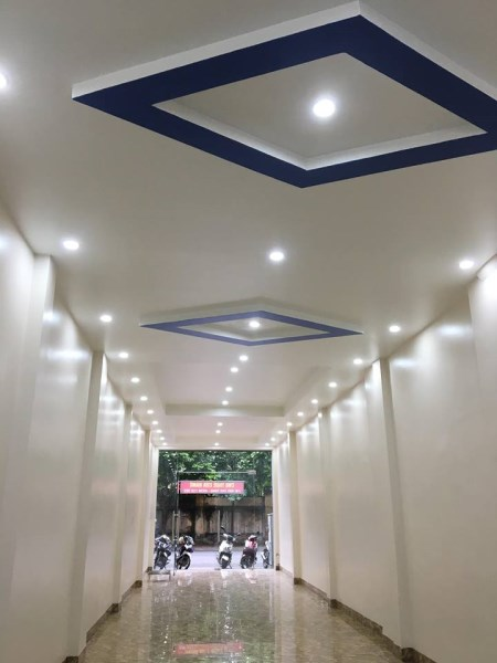 Cho thuê nhà riêng tại Ngọc Lâm, Long Biên, 80m2, mặt tiền 4.5m,  tầng 1. Giá 18 triệu/ tháng.