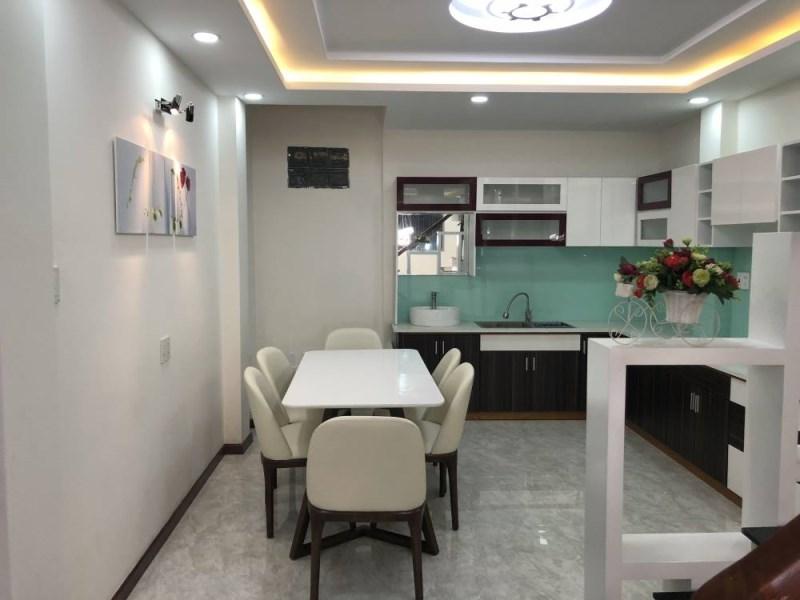 Nhà đối diện chung cư RIVERA BARK Q10 HXH Thành Thái