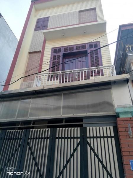 Nhà 3 tầng Cửu Việt 2, Trâu quỳ. DT: 61m, MT: 4.5m, Gía 2,8Tỷ. LH:0989976647