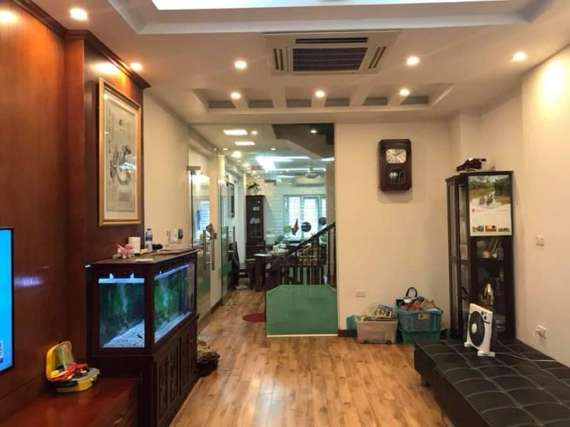 Nhà mặt Phố Thái Hà,quận Đống Đa,vỉa hè,kinh doanh sầm uất,đẹp nhất Phố,46 tỷ,mặt tiền rộng