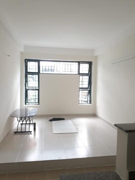 Nhà đẹp 4 phòng ngủ cần bán, Hẻm Vạn Kiếp, Tại trung tâm Phú Nhuận, giá chỉ 3.55 tỷ.