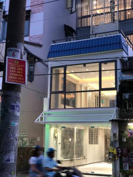 Bán nhà mặt tiền kinh doanh Thích Quảng Đức, Phan Đăng Lưu, Phú Nhuận, Giá 11.5 tỷ.