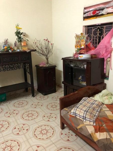 Gia đình cho thuê nhà 3 tầng đầy đủ nội thất Thụy Khê giá 9 tr/tháng LH 0985409147