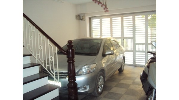 Bán nhà mặt ngõ Láng Hạ - Gara ôtô 7 chỗ, giá 7,5 tỷ (MTG)