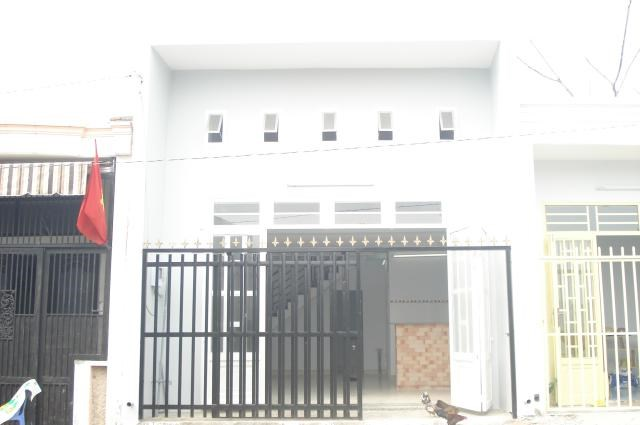 Bán gấp nhà hẻm đường Phạm Văn Bạch, P.15, Q.Tân Bình.DT: 4.2mx8m.