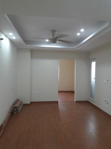 ( Bán gấp) Chung cư Nghĩa đô, 106 Hoàng Quốc Việt, DT 70m2, nội thất cơ bản, căn số 1608.