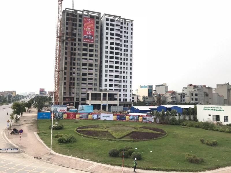 Bán căn hộ 2 PN 94m2, giá 2,577 tỷ tại chung cư Northern Diamond Long Biên