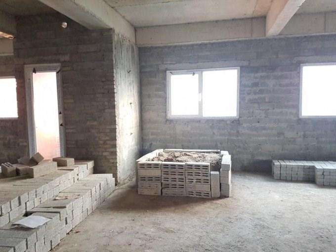 Nhượng lại (giá gốc) căn hộ 68m2, nhà thô, ban công ĐN, chung cư Nghĩa đô, Hoàng Quốc Việt.