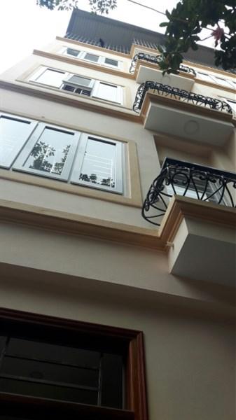 Bán nhà 5 tầng ngõ 207 ngách 135 Xuân Đỉnh, diện tích 30m2, hướng Nam, gia 2 tỷ. Lh 0972264985