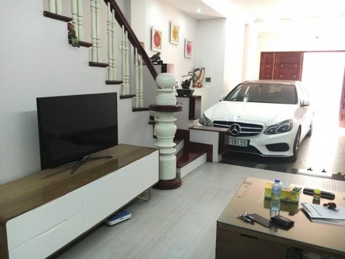 Bán nhà khu cục dự trữ THÁI HÀ – Hoàng Cầu, ôtô vào nhà buôn bán giá 5,85 tỷ