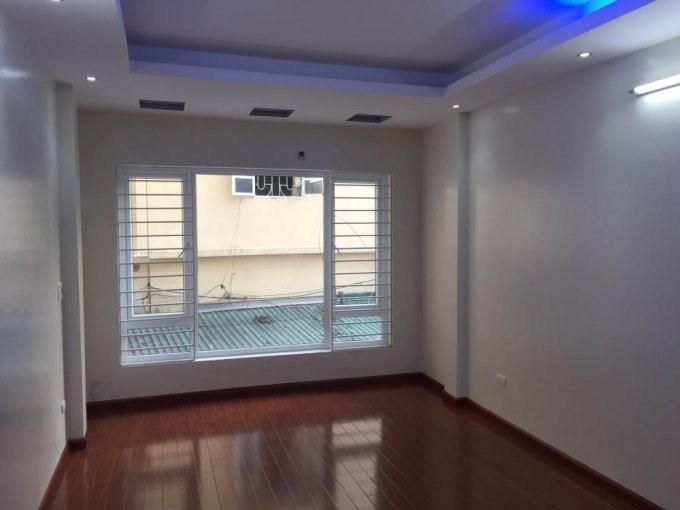 Bán nhà riêng Trung Hòa, nhà đẹp, ngõ thoáng, giá 3.05 tỷ