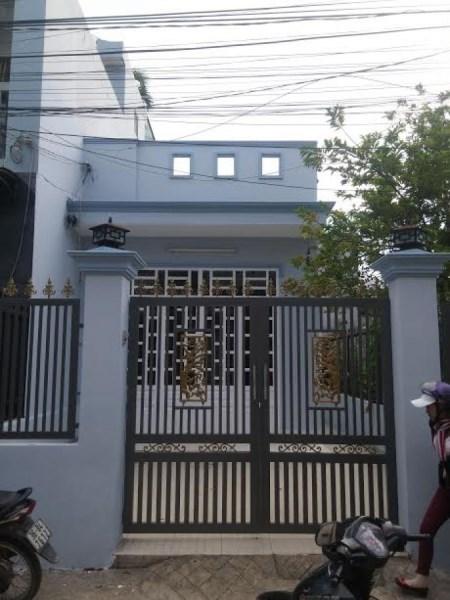 Bán nhà mặt tiền đường Cống Lở, P.15, Q.Tân Bình.DT: 5mx15m