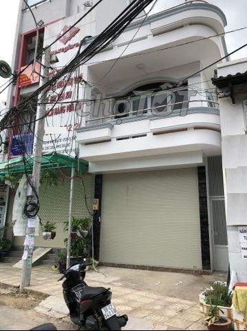 Bán nhà mặt tiền đường Phạm Văn Bạch, P.15, Q.Tân Bình.DT: 5mx16m.