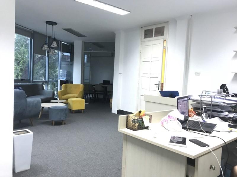 Cho thuê văn phòng mặt phố Lê Văn Hưu ngay ngã tư giao thi sách, cho thuê làm văn phòng, spa, studio