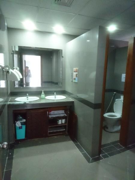 Cho thuê văn phòng phố Khâm Thiên, quận đống đa 90m2. LH: 0934190889