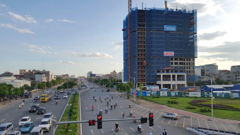Sở hữu căn hộ ngay cầu Vĩnh Tuy nhận nhà T6 nhận quà 50tr + CK 3%, voucher bốc thăm trúng xe Mazda