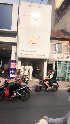 Sang nhượng cửa hàng thời trang nữ 131 Tôn Đức Thắng, Đống Đa, Hà Nội