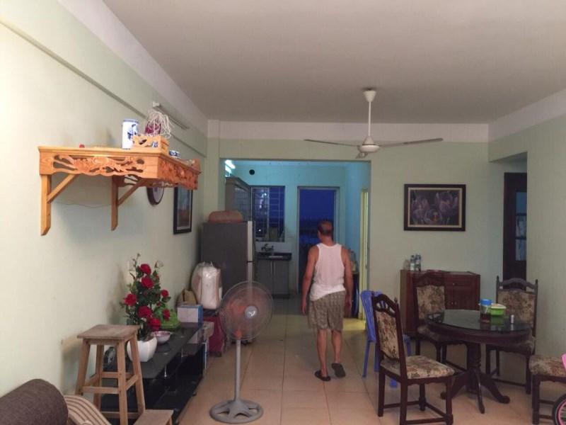 Cho thuê chung cư Việt Hưng 85m2,nội thất cơ bản , giá 5.5tr/th . LH 0966155870.