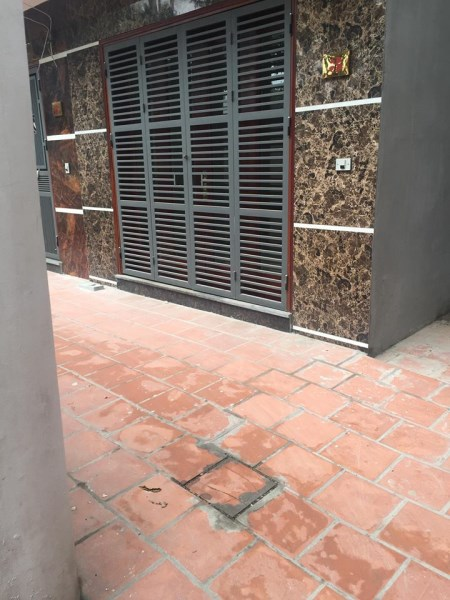 Cần bán nhà hoàn thiện đẹp tại Ngọc Thụy, Long Biên.S: 30m2. Giá: 2,35tỷ. Tell: 0963.025.424