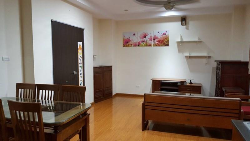 Cho thuê chung cư CT17,Bộ công an S:80m2,nội thất đầy đủ giá 9tr/tháng. LH 0966155870.
