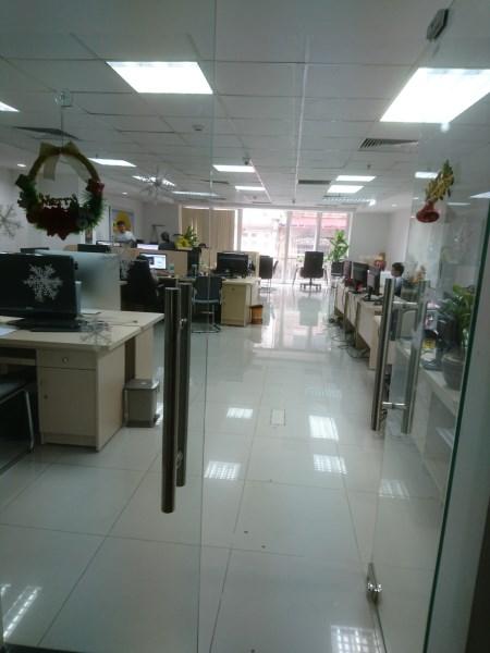 Cho thuê văn phòng (rất đẹp) phố Ngụy Như Kon Tum quận Thanh Xuân Hà Nội, DT: 190m2.