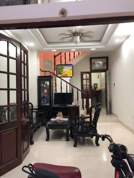 Cần bán nhà riêng ĐẸP phố Đông Tác, DT 43m2 x 5 tầng, MT 4.5m, 4.1 tỷ