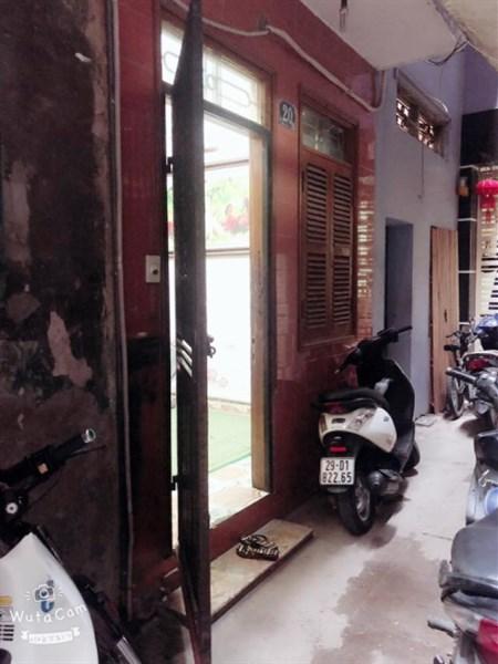 Cần bán nhà Q.Thanh Xuân nhà 5 tầng trong ngõ cách mặt đường 10m