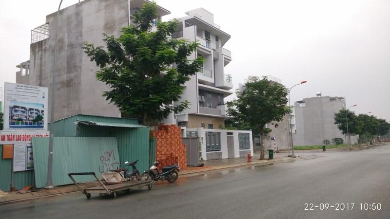 Ông Thắng cần bán gấp nhà 126m2 mặt tiền  Lê Văn Lương, xã Phước Kiển, huyện Nhà Bè