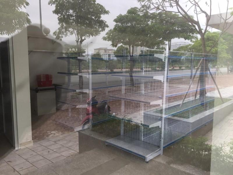 Cần cho thuê kiot tại Giang Biên, Long Biên, 70m2, mặt tiền 7m. Giá 12 triệu/ tháng. LH: 01642932299
