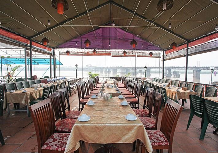 Cho thuê nhà hàng DT: 2.000m2 khu ẩm thực Ngọc Lâm - Long Biên