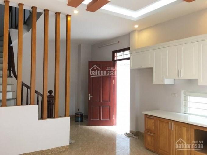 Bán nhà mới Võ Chí Công, Nghĩa Đô, Cầu Giấy. DT 36m2x5T. Giá 3.15 tỷ