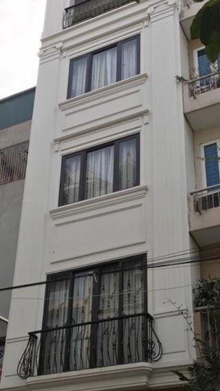 Bán nhà đẹp tại chợ Định Công – Hoàng Mai- Hà Nội DT 42m2x5T giá 3.5 Tỷ Kinh Doanh. Chính chủ.