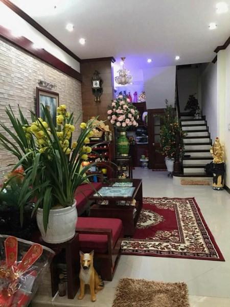 Chính chủ bán gấp nhà phố Phương Mai, 34m2, MT 3,5m, chỉ 4,8 Tỷ, ô tô, kinh doanh.
