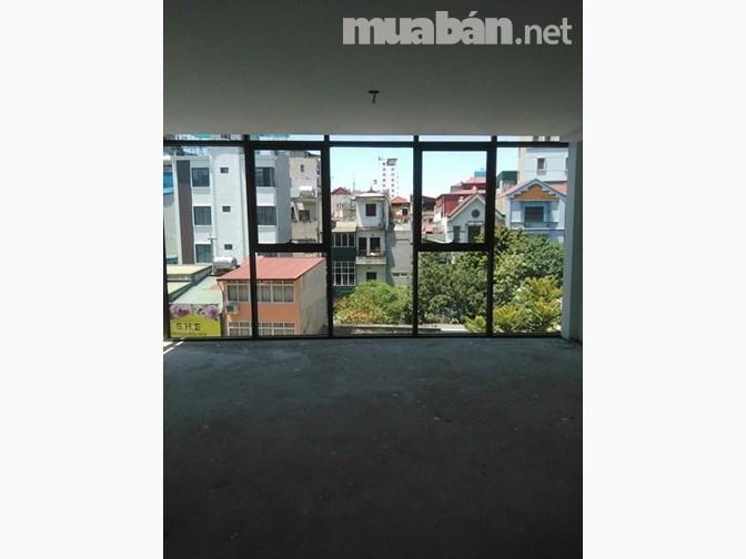 Chính chủ cho thuê nhà phố Phan Kế Bính 4 tầng, tổng 200m2. Giá 50 triệu 1 tháng