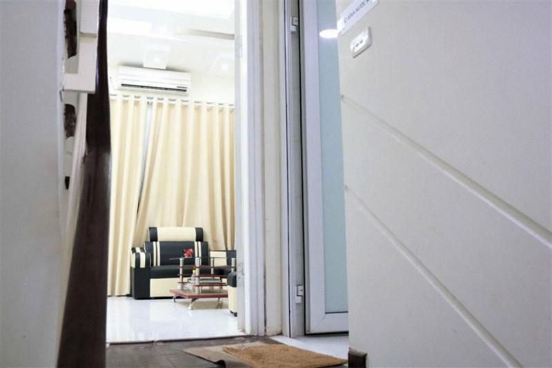 Bán nhà mới đẹp, phân lô ở Trường Chinh, dt 31m, 5 tầng, giá 3,3 tỷ.