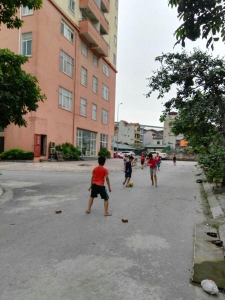 Bán  nhanh Bán gấp nhà Phú La  Ba La Hà Đông 56m MT4m 3tầng giá 3,10 tỷ có sổ đỏ.