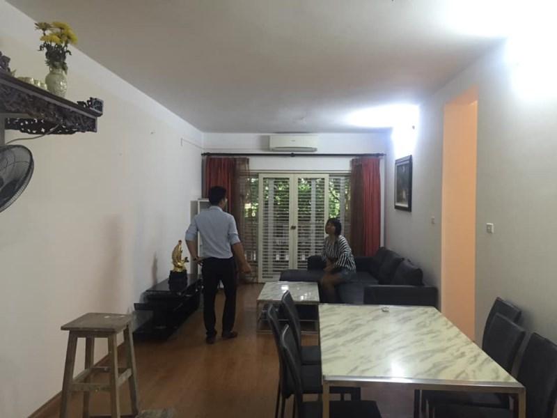 Cho thuê chung cư 75m2,full đồ giá 7tr/th tại nhà K, KĐT Việt Hưng,Long Biên. LH 0966155870