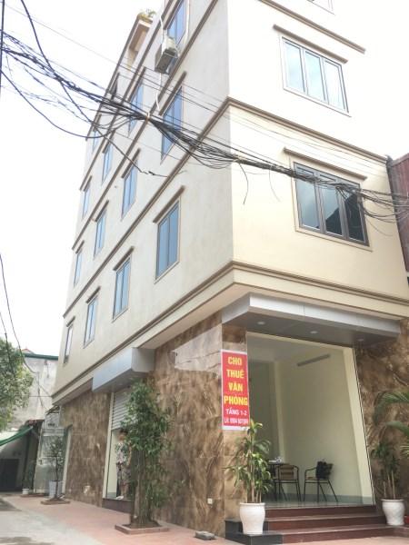 Cho thuê nhà mặt phố(Tầng 1+2) Nguyễn Cao Luyện, Long Biên, 15tr, 0904601569