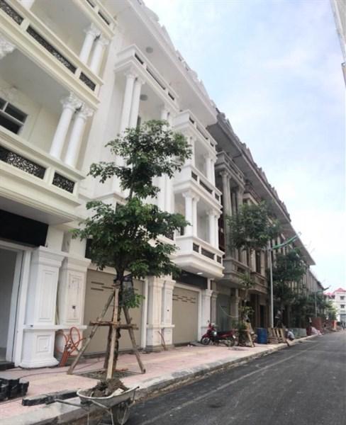 Nhận đặt chỗ liền kề 2, liền kề 3 - Lô đẹp đối diện trung tâm thương mại Như Quỳnh Center