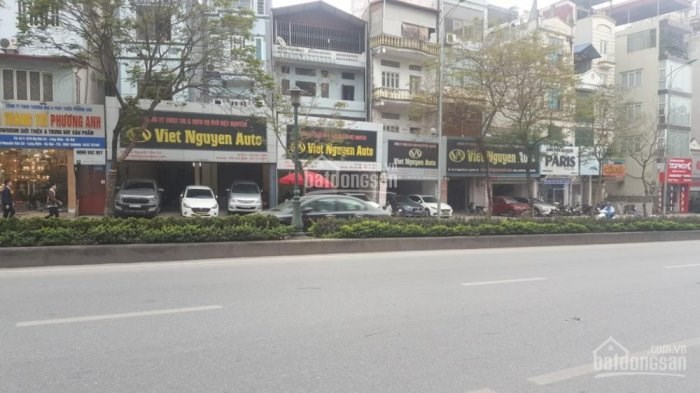 Cần bán hoặc cho thuê tòa nhà văn phòng mặt phố Nguyễn Văn Cừ, Long Biên 220m2 x 9 tầng mặt tiền 8m