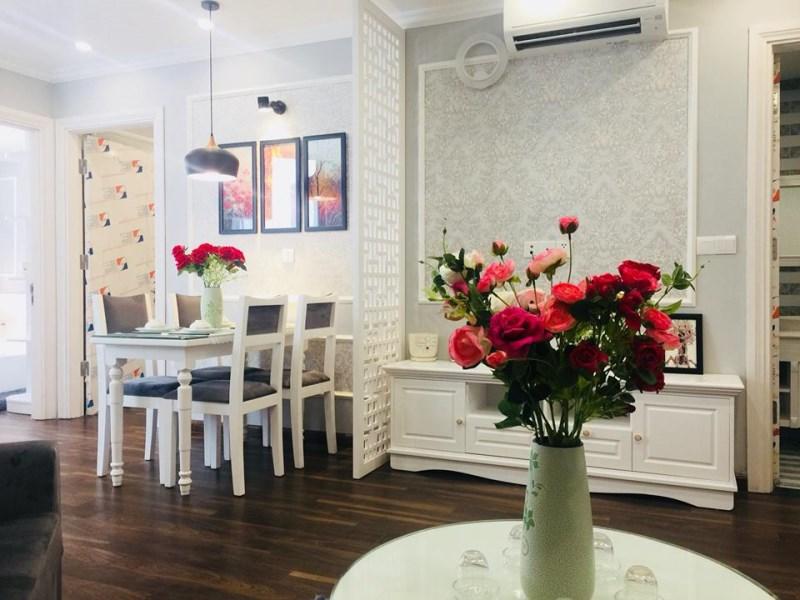 Cho thuê chung cư Ecocity KĐT Việt Hưng đầy đủ nội thất 78m2, 2PN giá 12tr/tháng. LH 0966155870