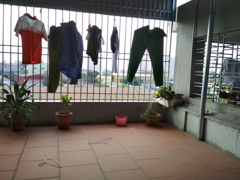 Bán nhà 4.5 tầng tại ngõ 95 Vũ Xuân Thiều đường ô tô tránh nhau. Lh Ninh 0931705288