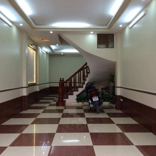 Bán nhà phố Đào Tấn 46m2*5 tầng, lô góc, MT 4.6, giá 4 tỷ