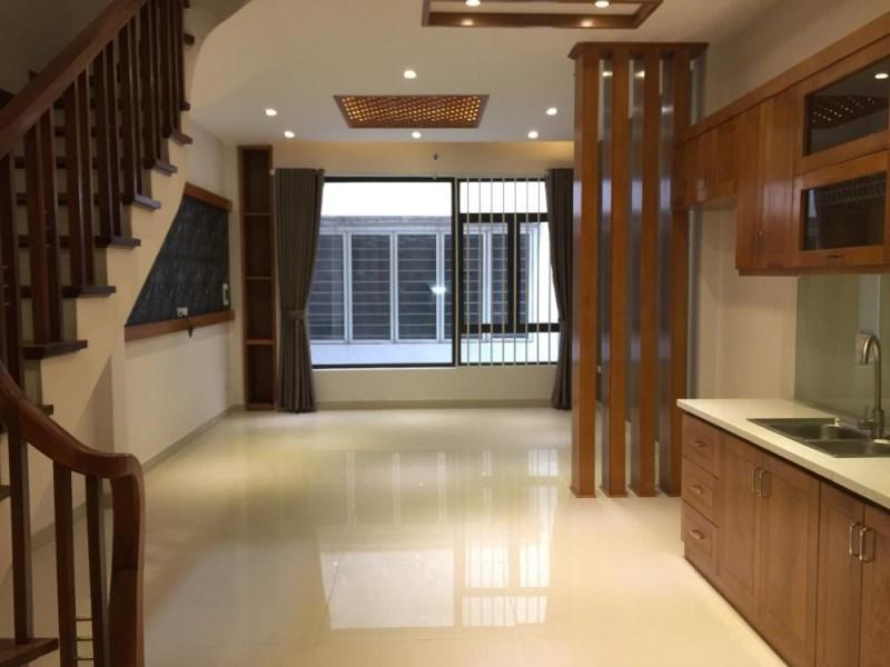Bán nhà riêng ô tô đỗ cửa phố Lê Trọng Tấn 40m2x 5 tầng , MT 4,5m , Giá 4,5 Tỷ
