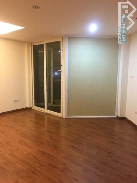 Bán chung cư tầng 6, 602 tòa PiCo 173 Xuân Thủy, Cầu Giấy 3 PN 110m2 2.7 tỷ.