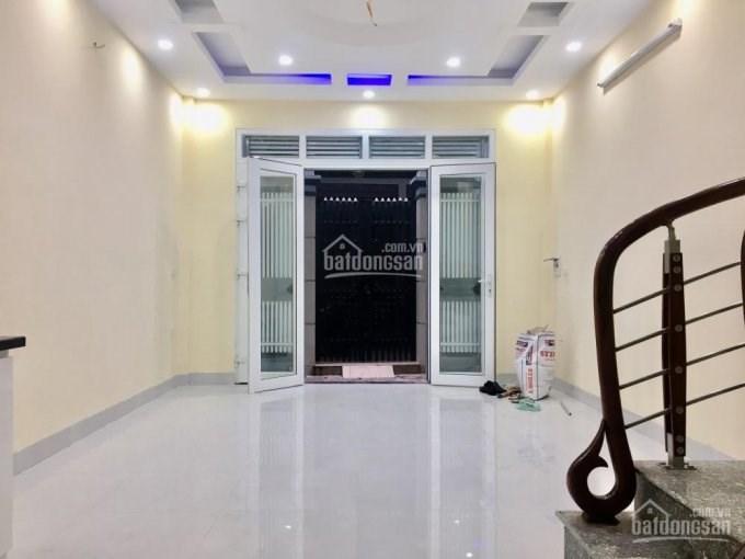 Bán nhà ngõ 176 Trương Định, quận Hai Bà Trưng, ô tô gần nhà, diện tích 35m2 xây 5 tầng.Gía 2.6 tỷ